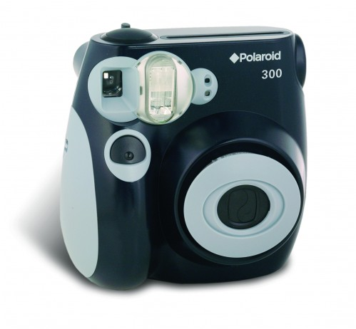 polaroid 499x462 Contest! Polaroid Camera/Film Giveaway!