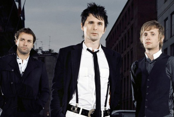 muse 594x400 Muse   Sign O The Times (Prince Cover)