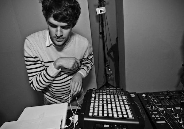 ryan hemsworth Black Atlass   Castles (Ryan Hemsworth Remix)