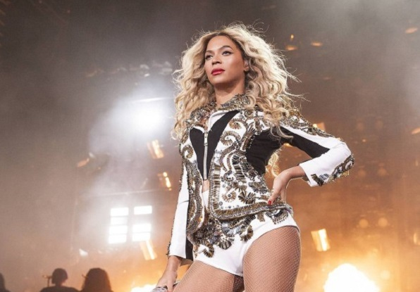 beyonce essay Rather than doing a traditional cover interview for the september issue of vogue, beyonce instead narrated an essay revealing a traumatic ordeal that she previously hadn't shared with the public .