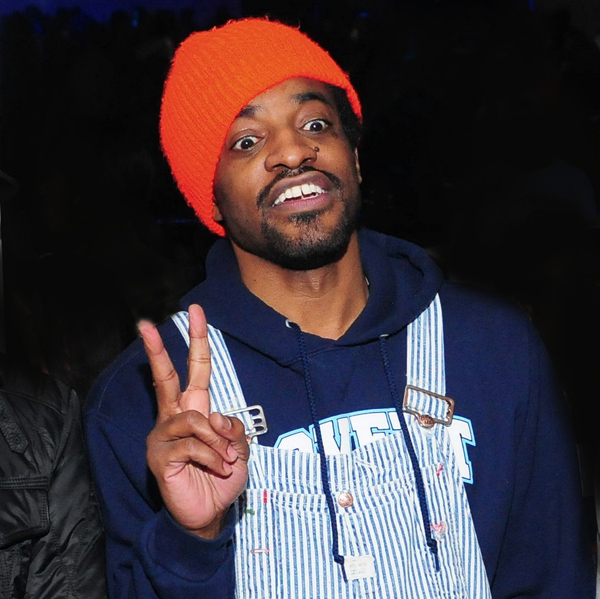 André 3000 hold for Andr